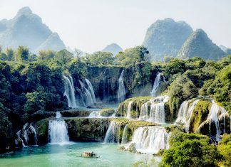 Ban Gioc Waterfall Cao Bang Vietnam