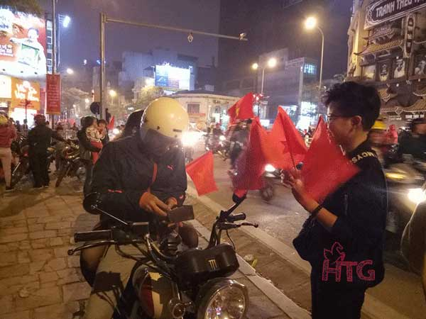 """""""Đi bão"""" đội tuyển U23 Việt Nam chiến thắng"""